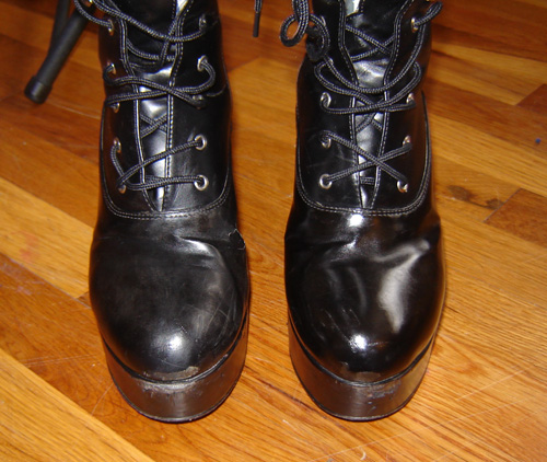 Before and after of shiny toed boots
